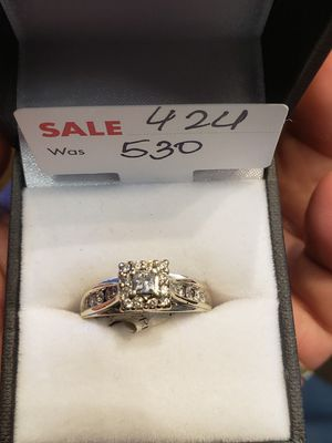 White gold diamond ring size 7 for Sale in Pflugerville, TX