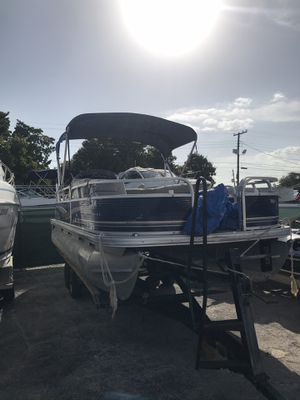 Pontoon Boat for Sale in Miami, FL