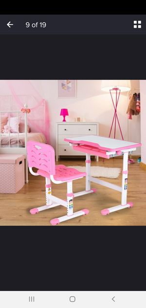 Kids adjustable desk and chair for Sale in El Cajon, CA
