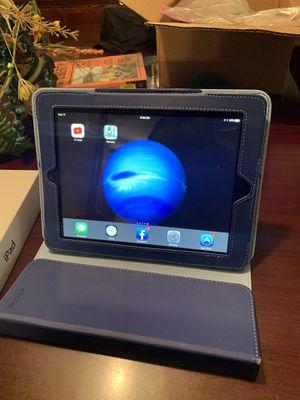 iPad 4/case for Sale in Memphis, TN