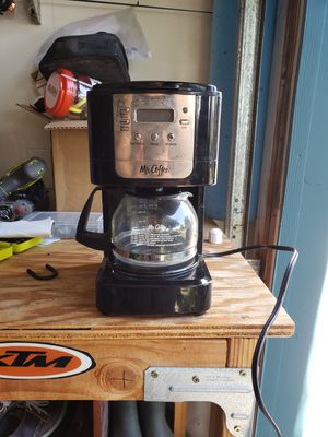Small mr coffee maker for Sale in Spring Valley, CA