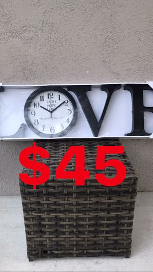 LARGE LOVE ❤️ WALL DECOR CLOCK 🕰 for Sale in Los Angeles, CA