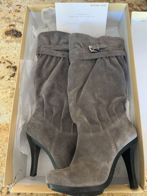*New Never Worn* Michael Kors Boot Sz 10 for Sale in Simi Valley, CA