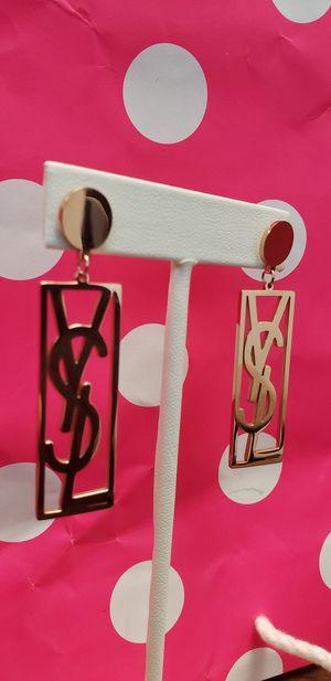 Earrings☆☆☆ for Sale in Houston, TX