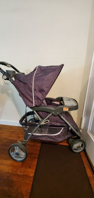 Baby stroller for Sale in Hyattsville, MD