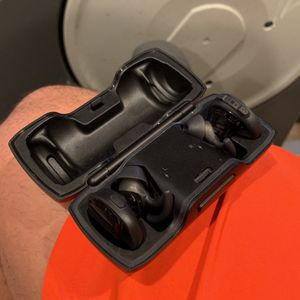 Bose SoundSport Wireless Earbuds for Sale in National City, CA