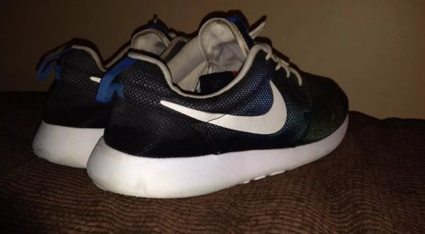 f070af18cc2f Nike roshe run size 9 yeezy boost bape supreme for Sale in Raleigh ...