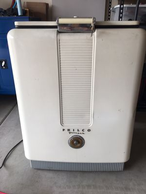 Antique Freezer for Sale in Goodyear, AZ