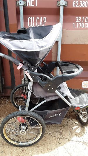 Baby trend brand jogging stroller for Sale in Lakeside, AZ