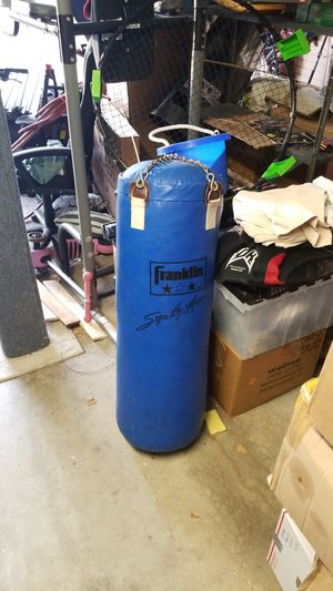 Punching Bag for Sale in Town and Country, MO