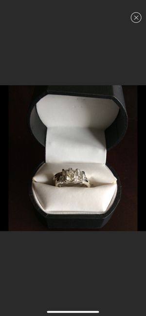 A Real White Diamond Wedding Ring Set for Sale in Los Angeles, CA