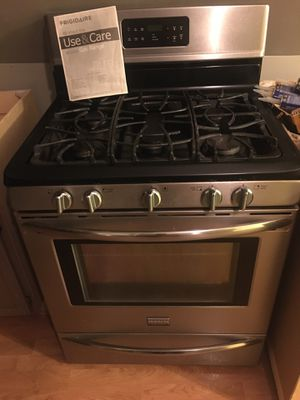 Stainless steel stove for Sale in Chicago, IL