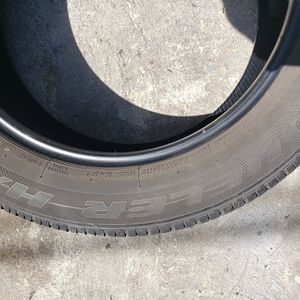 Use tires Size 245/55/R19 for Sale in Los Angeles, CA