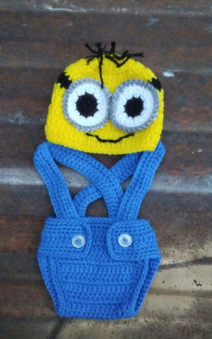 Handmade baby minion outfit. for Sale in Fort Worth, TX