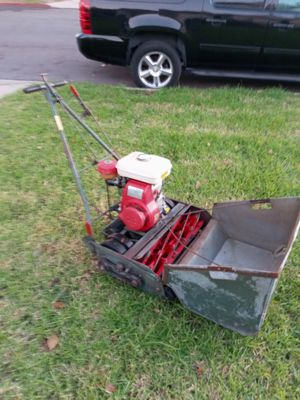 Commercial 7 Blade front throw lawn mower 25 inch cutting path for Sale in Gardena, CA