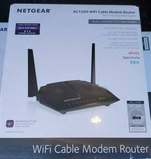 NETGEAR Cable Modem WiFi Router Combo C6220 - Compatible with all Cable Providers including Xfinity by Comcast  For Cable Plans Up to 200 Mbps for Sale in Bolingbrook, IL