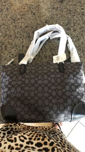 Coach zip tote for Sale in Los Angeles, CA