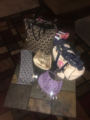 Hand bag package deal! for Sale in North Las Vegas, NV