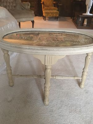 Refurbished antique coffee table for Sale in Rockville, MD
