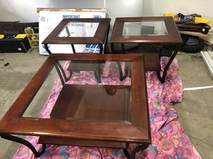 Coffee and End table set for Sale in Anchorage, AK