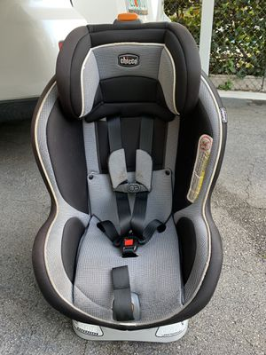 Chicco NextFit Convertible Car Seat for Sale in Hollywood, FL