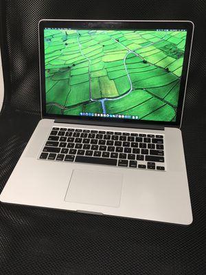 """Late 2013 // Apple 15"""" Macbook Pro Retina // 2.3 GHz Intel i7 // 16GB // 512 Flash SSD // DUAL : 2GB NVIDIA GeFORCE GT 750M + Intel Iris 1.5GB Graphi for Sale in Schaumburg, IL"""