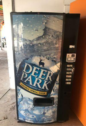 Vending machine for Sale in Tampa, FL