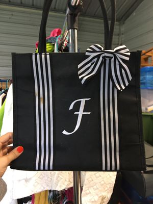 Ladies purses for Sale in Winter Haven, FL