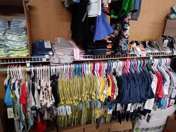New clothes for kids, men and women. Up to 50% off retail price.