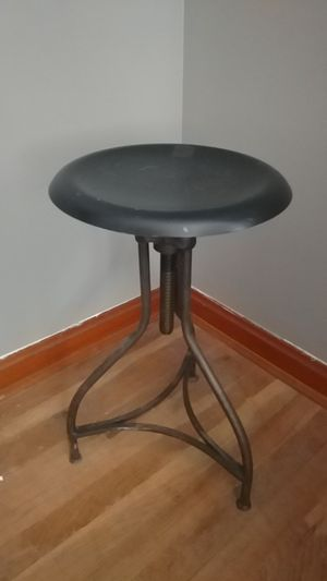 Stool Piano Swivel Black Metal Adjustable for Sale in MIDDLEBRG HTS, OH