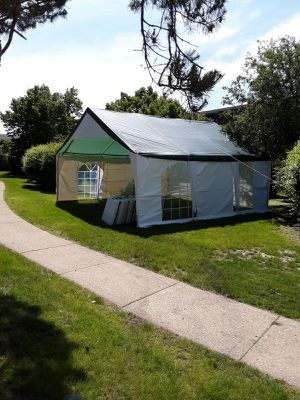 Tent canopy for Sale in Chicago, IL