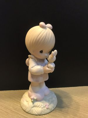 Precious moments figurine set, LOT OF 40 for Sale in Maple Valley, WA