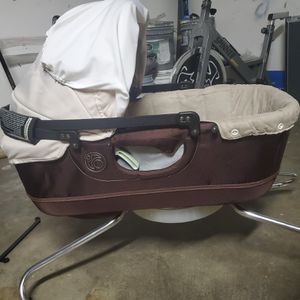 Bag of 3 month old clothes diaper and bassinet that attaches to urbini stroller for Sale in Orange, CA