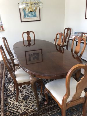 Dining room table & 8 chairs for Sale in Mercer Island, WA