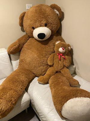 Huge teddy bear for Sale in Melrose Park, IL