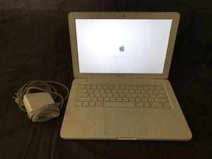 Apple MacBook 2010 for Sale in Fontana, CA