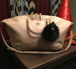 Tory Burch convertible ivy tote for Sale in Waxahachie, TX