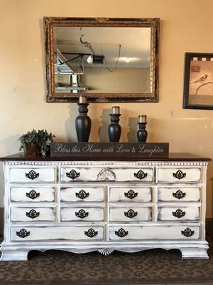 Dresser/Tv stand for Sale in Memphis, TN