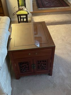 2 Chinese Rosewood End Tables for Sale in Bothell,  WA