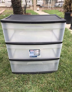 Caja plastica for Sale in El Monte, CA