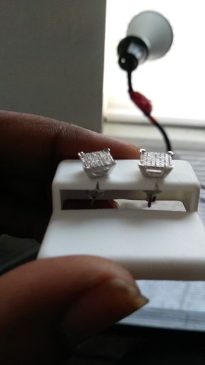 925 diamond earrings 60$ for Sale in Cleveland, OH
