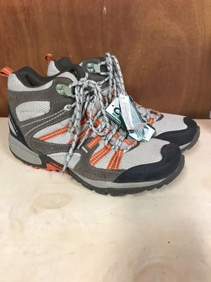 New Women's Merrill Hiking Boots 8.5 for Sale in Kaneohe, HI