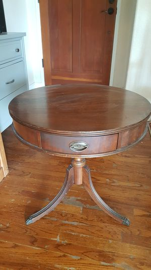 Antique Table for Sale in Buena Park, CA