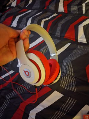 Beats studio 2.0 wired. Like new long 20hour battery life. for Sale in North Providence, RI