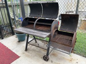 Barbecue BBQ Grill Smoker Pit for Sale in Houston, TX