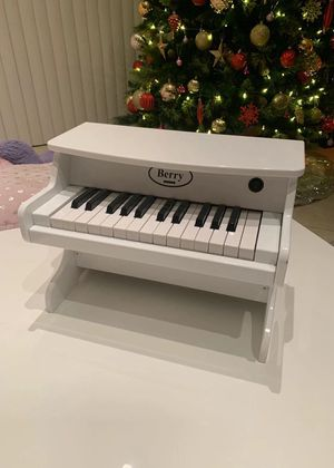 NEW IN BOX $40 Each Berry Real 25 Keys Miniature Wood Piano 16x10x12 Inches Tall Red White Or Black Color Age 3 and up Toy for Sale in Covina, CA