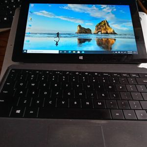 Microsoft Surface Pro 2 In excellent working condition.Intel Core i5 Processor, 4gb Ram, 128gb, Win 10. Comes with Bluetooth Keyboard and Charger. for Sale in Jacksonville, FL
