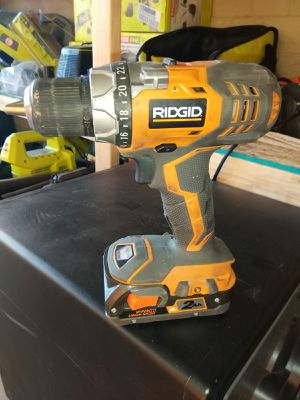DRILL RIDGID NO CHARGER for Sale in Phoenix, AZ