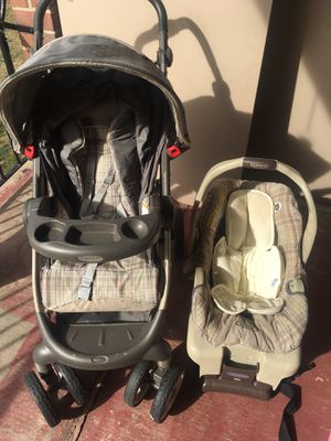 Infant car seat and stroller for Sale in Paoli, PA