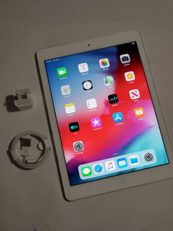 """iPad Air (10inch) (SIM) Usable with any SIM card """"as like nEW"""". for Sale in Springfield,  VA"""